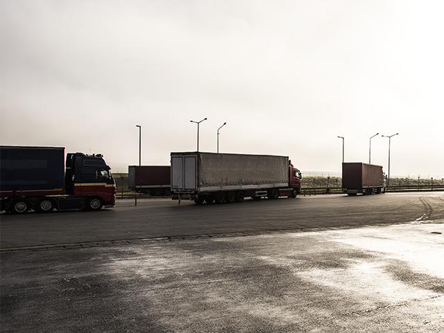 Camiones en carretera