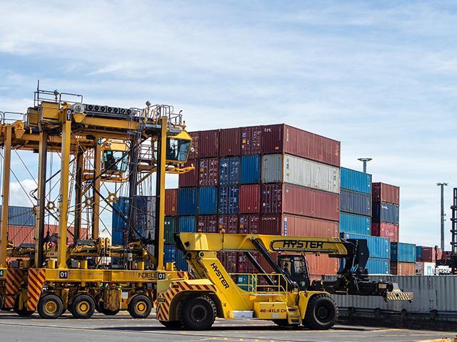 La torre de control para la mejora de procesos logísticos en empresas de flotas